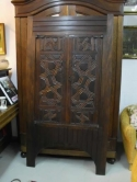 prachtige-placard-uit-Cyprus-de-2-deuren-zijn-18de-eeuws-