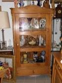 Prachtige-Duitse-vitrine-in-grenenhout-