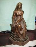 mooi-bronze-beeld